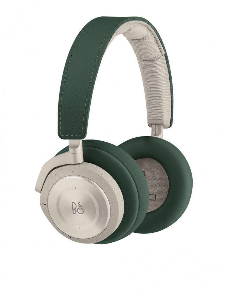 BeoPlay H9i Pine